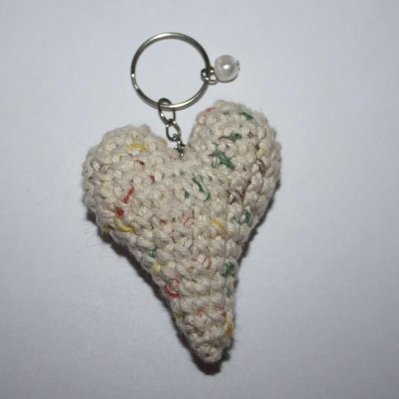 NWoT June Heart key chain cotton Real Pearl